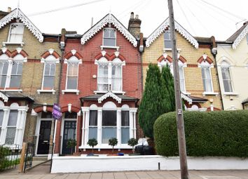 Thumbnail 1 bed flat for sale in Broomwood Road, Clapham