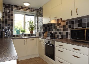 Thumbnail 2 bedroom flat to rent in Garden Court, Greenacres, North Park, Eltham