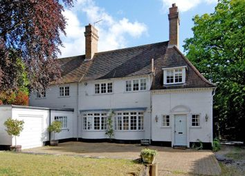 Thumbnail Detached house to rent in Hatton Hill, Windlesham