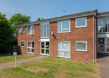 Thumbnail 2 bed flat for sale in Chiltern Park Avenue, Berkhamsted