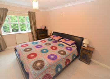 Thumbnail 4 bed property to rent in Clements Road, London