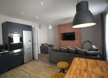 Thumbnail 5 bed flat to rent in St James' Street, Newcastle Upon Tyne