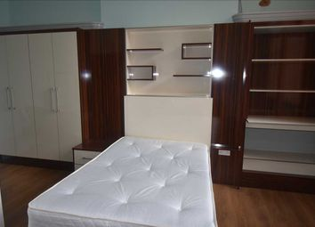 Thumbnail 4 bedroom terraced house to rent in Pocklingtons Walk, Leicester