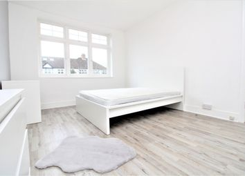 Thumbnail 1 bed property to rent in Abbots Way, Beckenham