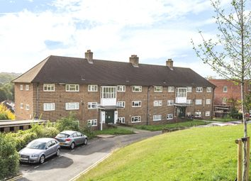 Thumbnail Flat for sale in Kingsdown Avenue, South Croydon