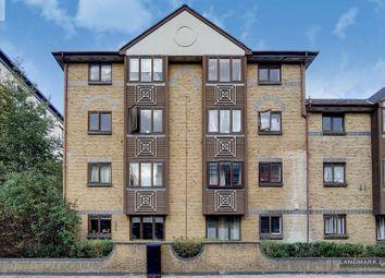 Transom Square, London E14. 2 bed flat