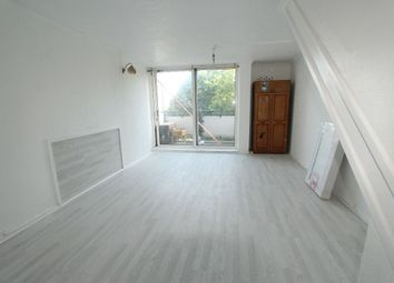 Thumbnail 3 bed flat to rent in Joyce Avenue, London