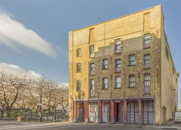 Thumbnail 3 bed flat for sale in Bermondsey Wall East, London