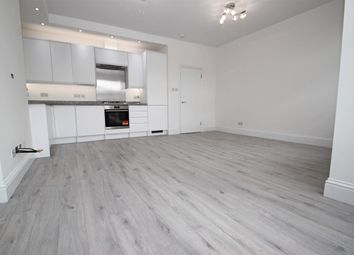 2 bed maisonette to rent in Bruce Grove, London N17