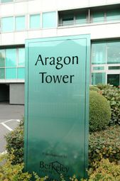 Thumbnail 1 bedroom property to rent in Room To Let - Aragon Tower, Deptford