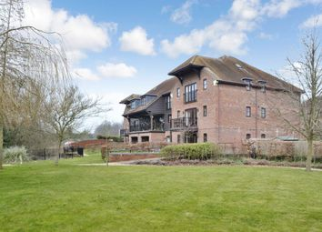 Thumbnail 2 bed flat for sale in Bewicks Reach, Newbury