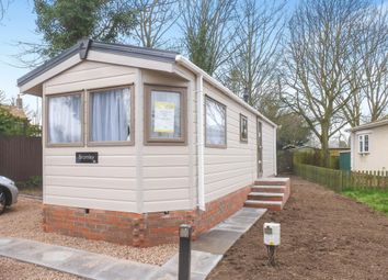 2 bed mobile/park home for sale in Pear Tree Manor Park, Wainfleet Bank, Wainfleet PE24