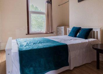 4 bed maisonette to rent in Burdett Road, London E3