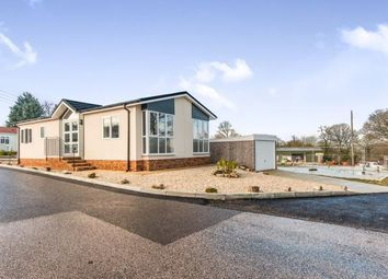 Thumbnail 2 bed mobile/park home for sale in Pathfinder Village, Exeter, Devon