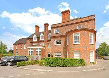 Thumbnail 2 bed flat for sale in Maplespeen Court, Newbury, Berkshire