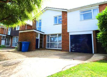 Thumbnail 4 bed detached house to rent in Dunholme End, Maidenhead