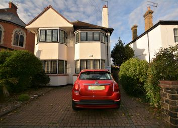 Thumbnail 2 bed flat to rent in Avenue Terrace, Westcliff-On-Sea