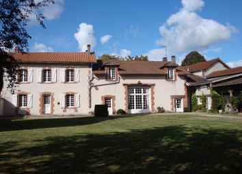 Thumbnail 5 bed property for sale in Poitou-Charentes, Charente, Roumazieres Loubert