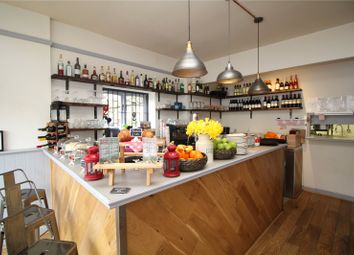 Thumbnail Restaurant/cafe to let in Cheapside, Fortis Green, London