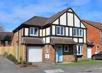 Thumbnail 5 bed detached house to rent in Laburnum Road, Winnersh, Wokingham