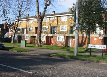 Thumbnail 3 bed flat to rent in Clarence Avenue, London