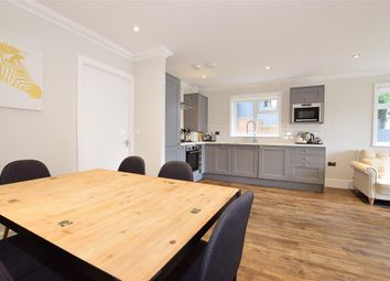 3 bed mobile/park home for sale in The Lakes Rookley, Rookley, Ventnor, Isle Of Wight PO38