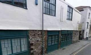 Serviced office to let in York Court, Upper York Street, Bristol BS2