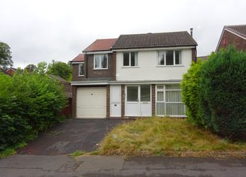 Thumbnail 5 bed property to rent in Campbell Close, Walsall, West Midlands