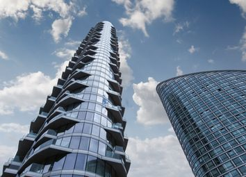 Thumbnail 1 bed flat to rent in Charring Tower, Providence Wharf, Canary Wharf