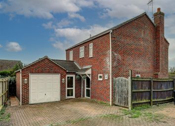 Thumbnail Detached house for sale in Perry Close, Haddenham, Ely