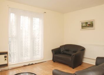Thumbnail 2 bed flat to rent in Kent Street, Haggerston, London