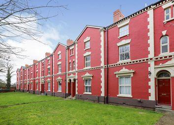 Penn Road, Penn, Wolverhampton WV3. 2 bed flat for sale