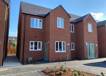 3 bed semi-detached house to rent in John Brooks Avenue, Smethwick B66