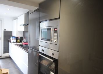 Thumbnail 4 bed shared accommodation to rent in Stoke Newington, London