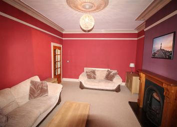 Thumbnail 1 bed flat to rent in Fourlands Road, Idle, Bradford