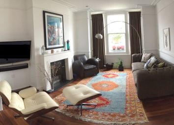 Thumbnail 4 bedroom terraced house to rent in Elms Crescent, Clapham