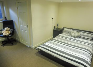 Thumbnail 4 bedroom property to rent in Garden Street, Lockwood, Huddersfield
