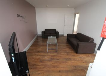 Thumbnail 5 bed triplex to rent in Jemmett Street, Preston