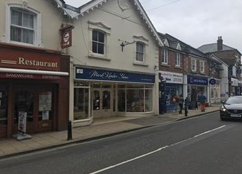 Thumbnail Retail premises to let in 11 Chapel Street, Petersfield, Hampshire