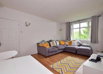 Pershore Close, Ilford, Essex IG2. 2 bed flat