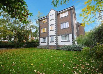 Thumbnail 2 bedroom flat to rent in Alexandra Court, Queens Walk, Ealing