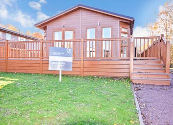 Thumbnail 2 bed mobile/park home for sale in Warren Park Country Lodge, Woodham Walter, Maldon