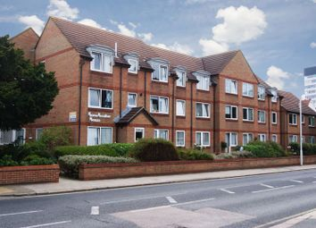 1 bed flat for sale in Beehive Lane, Ilford IG4