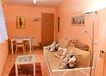 Thumbnail 1 bed apartment for sale in Larra, Madrid (City), Madrid, Spain