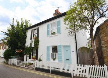 Thumbnail 2 bed cottage for sale in High Street, Leigh-On-Sea, Essex