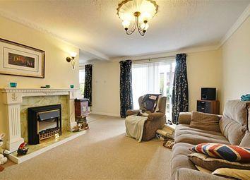 Thumbnail 2 bed flat to rent in Colehurst Park, Lansdowne Walk, Worcester