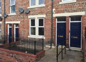 Thumbnail 2 bed flat to rent in Hedley Street, Gateshead