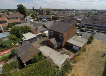 Thumbnail 3 bed detached house for sale in Field Road, Stainforth, Doncaster