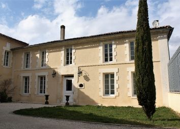 Thumbnail 5 bed property for sale in Poitou-Charentes, Charente, Jarnac