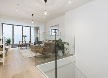 2 bed maisonette to rent in Gosfield Street W1W, London,